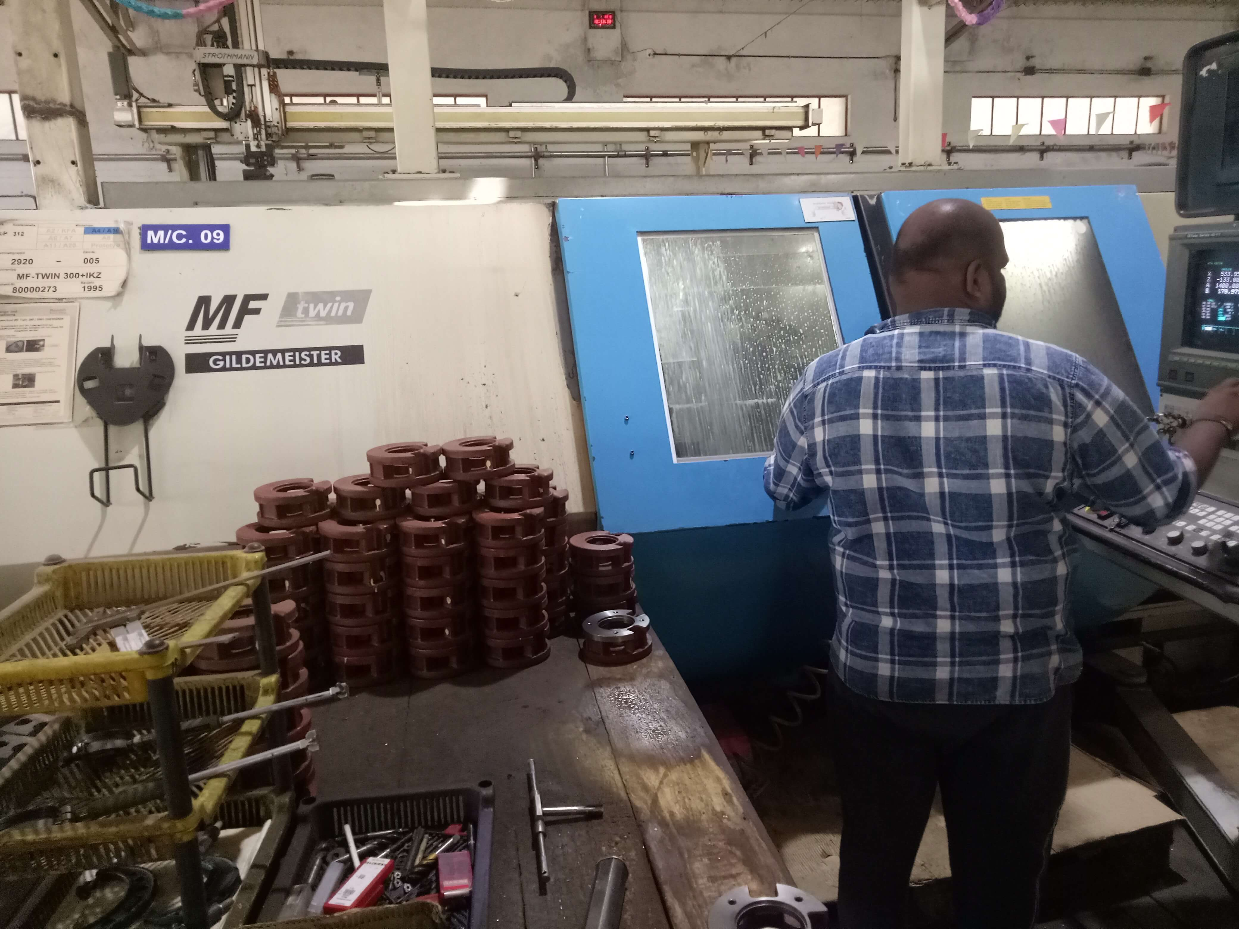 GILDEMEISTER MF TWIN CNC MACHINE