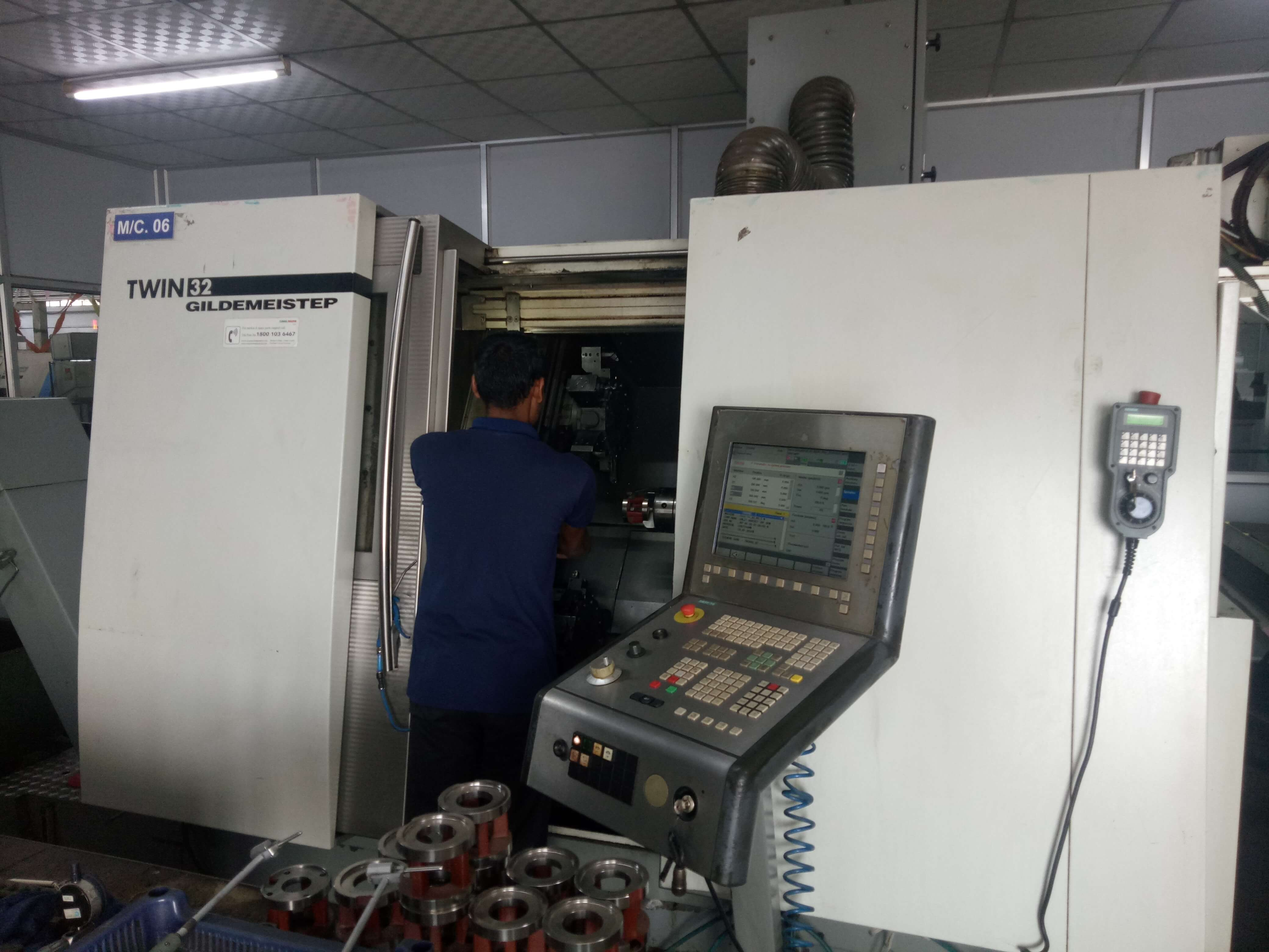 GILDEMEISTER TWIN 32 CNC Machine